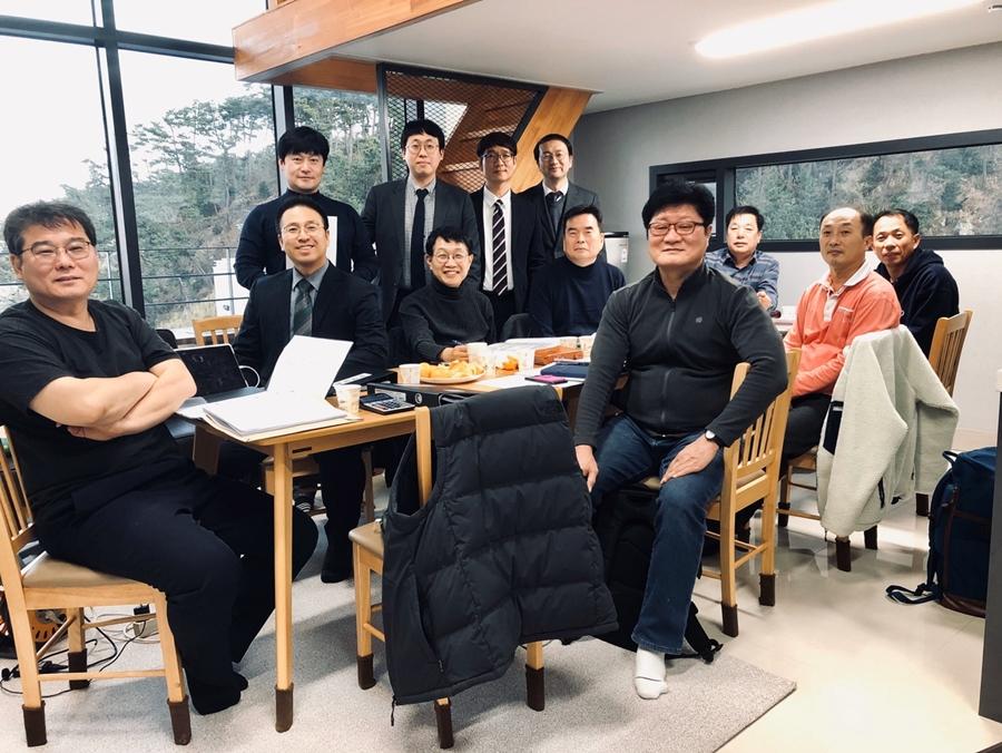 2019다운교회정책당회 (1).jpg