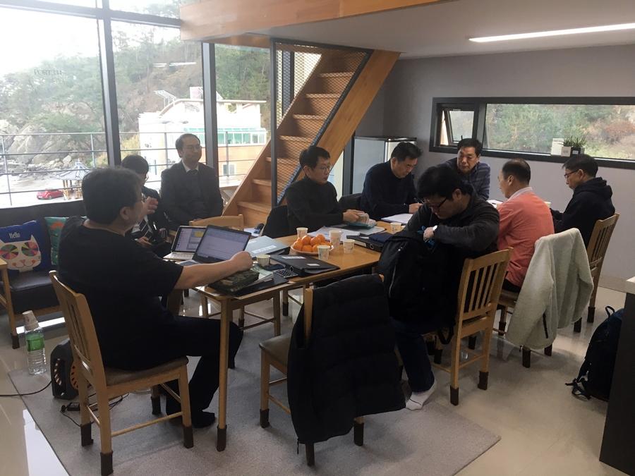 2019다운교회정책당회 (3).jpg
