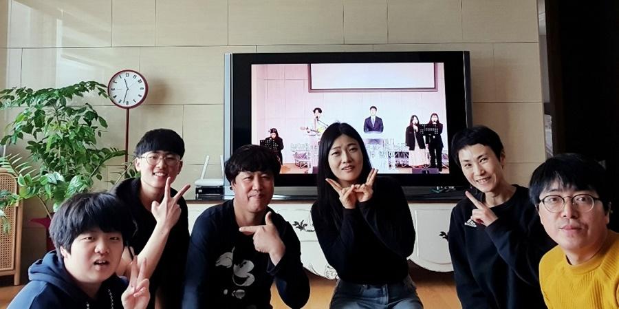 3월29일가족목장별주일예배사진 (8).jpg