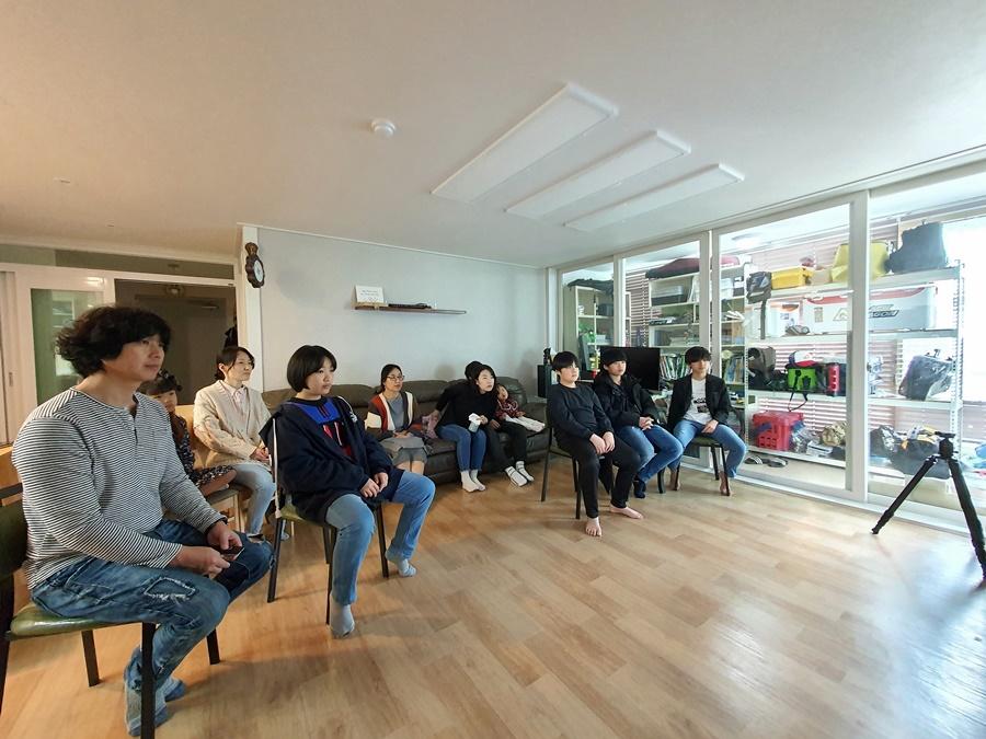 3월29일가족목장별주일예배사진 (9).jpg
